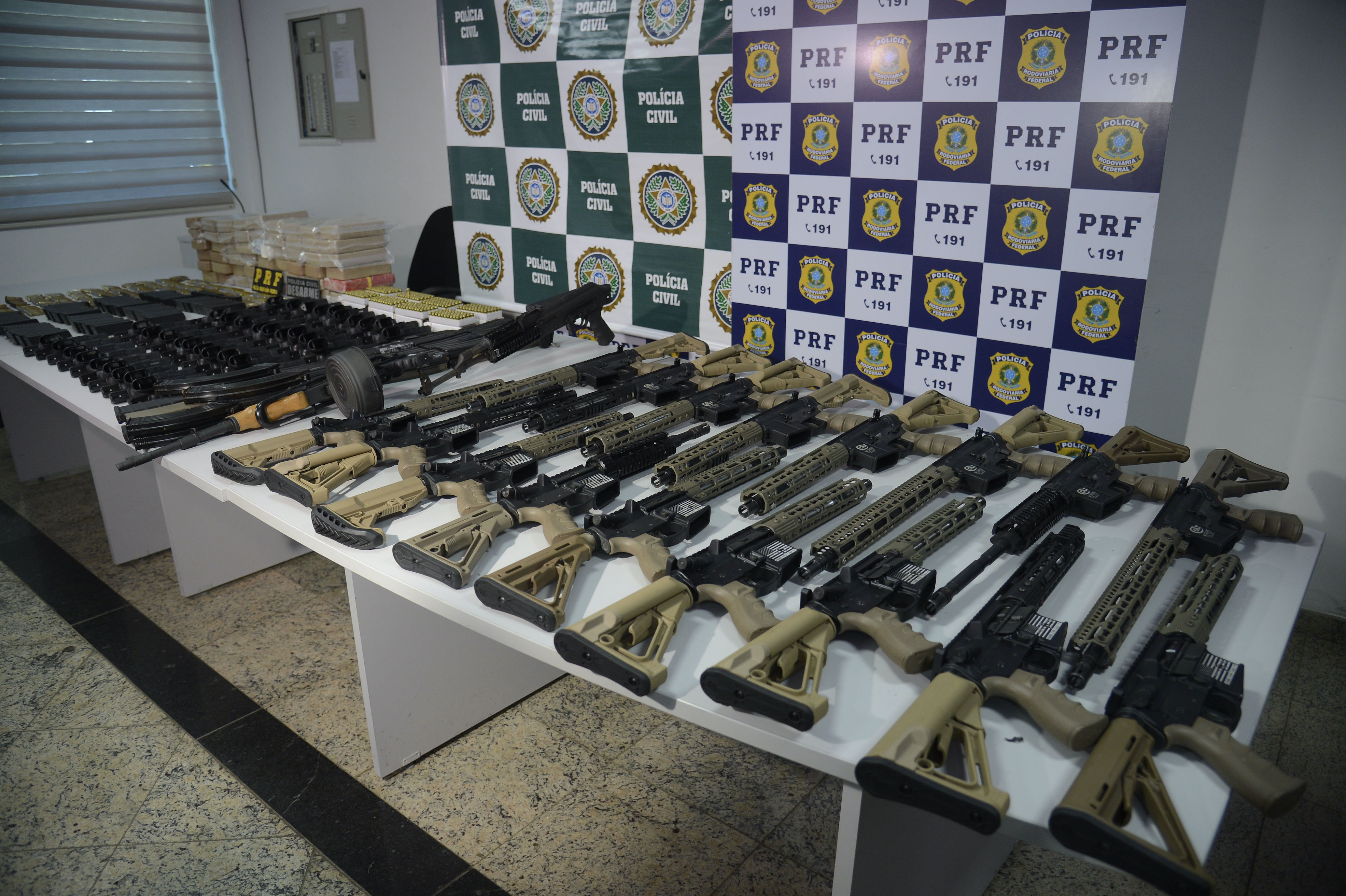 Weapons seized in Rio